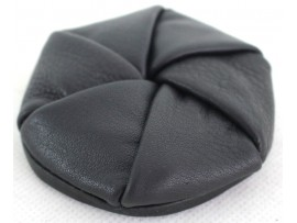 Quality Full Grain Cow Hide Leather Twista Coin Purse. Black. Style No: 11029.